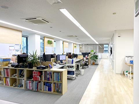 富山本社社内の写真